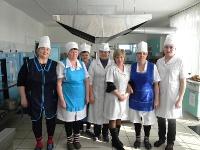 Коллектив кухонных работников